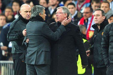 Vi sao Jose Mourinho khong thay the Sir Alex dan dat Man Utd nam 2013? - Anh 1