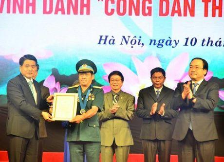 'Hiep si' bat 300 vu cuop duoc vinh danh cong dan uu tu - Anh 2