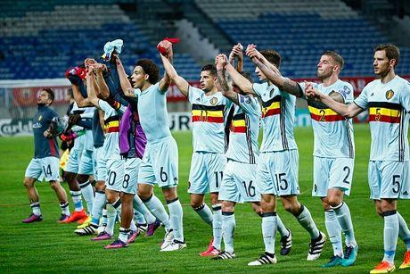 Benteke di vao lich su World Cup sau tran thang Gibraltar - Anh 9