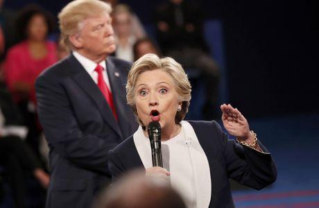 Ty le ung ho Clinton vuot troi sau video tho tuc cua Trump - Anh 1