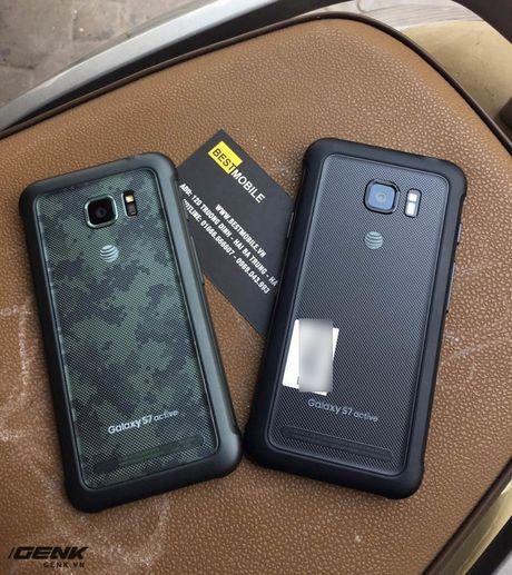 """Can canh """"noi dong coi da"""" Samsung Galaxy S7 Active dau tien vua ve den Viet Nam - Anh 2"""