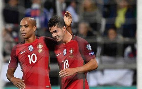 Andre Silva: Nguoi lam 'lu mo' Ronaldo trong chien thang dao Faroe la ai? - Anh 1