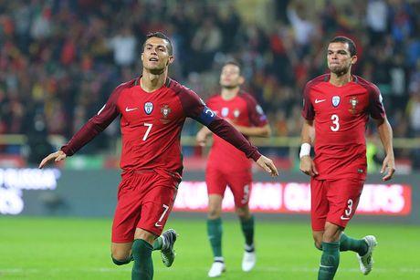 Vong loai World Cup 2018: San khau cua Pogba & Ronaldo - Anh 11