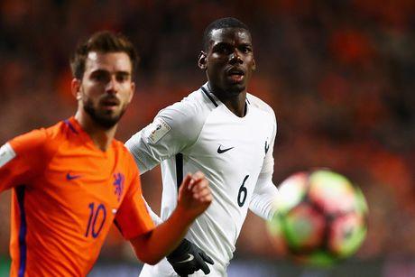 Vong loai World Cup 2018: San khau cua Pogba & Ronaldo - Anh 1