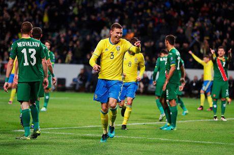 Vong loai World Cup 2018: San khau cua Pogba & Ronaldo - Anh 7