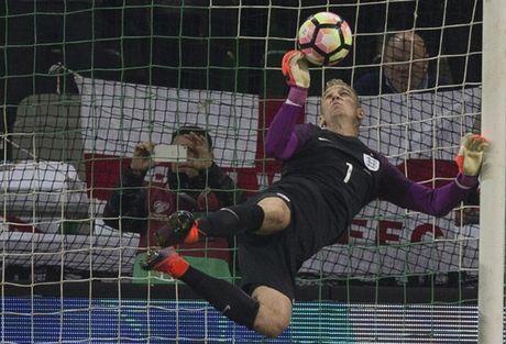 'Ganh nang' Rooney du bi, Tam Su suyt chet truoc Slovenia - Anh 3