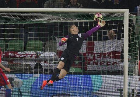 'Ganh nang' Rooney du bi, Tam Su suyt chet truoc Slovenia - Anh 4