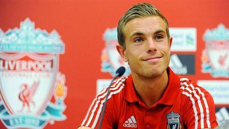 Vi chieu mo Henderson, sep cu Liverpool phai roi Anfield - Anh 1