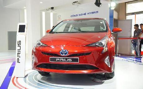 Toyota Prius tieu thu 2,5 lit xang/100 km sap ban tai Viet Nam - Anh 1