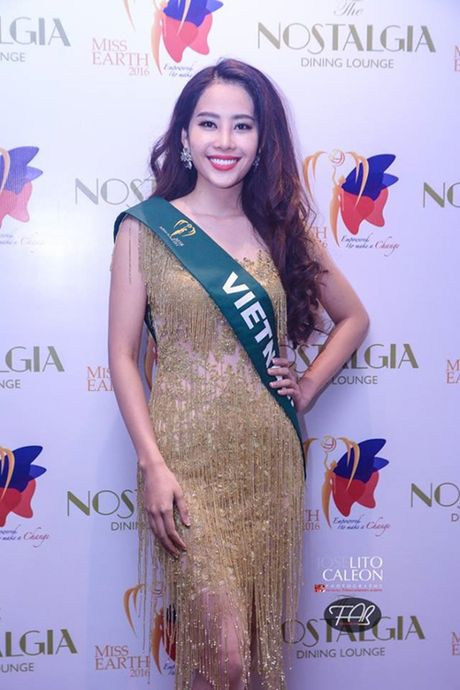 Nam Em dien vay giong Pham Huong gay chu y tai Miss Earth 2016 - Anh 3