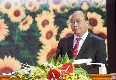Thu tuong keu goi doanh nghiep Viet Nam co khat khao vuon ra the gioi - Anh 1
