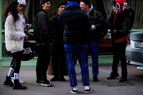 Phong cach duong pho ca tinh o Tuan le thoi trang St.Petersburg - Anh 1