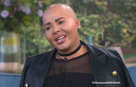 Phien ban nam cua Kim Kardashian khoe vong 3 gay soc - Anh 3
