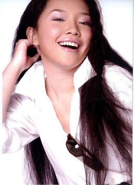 Sao Viet 12/10: An Nguy xinh xan ben 'nguoi yeu tin don', Maya khoe con gai - Anh 7