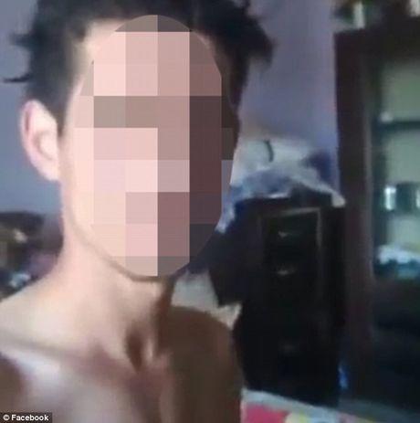 That tinh: Chang trai tuong thuat truc tiep qua trinh tu sat tren Facebook - Anh 1