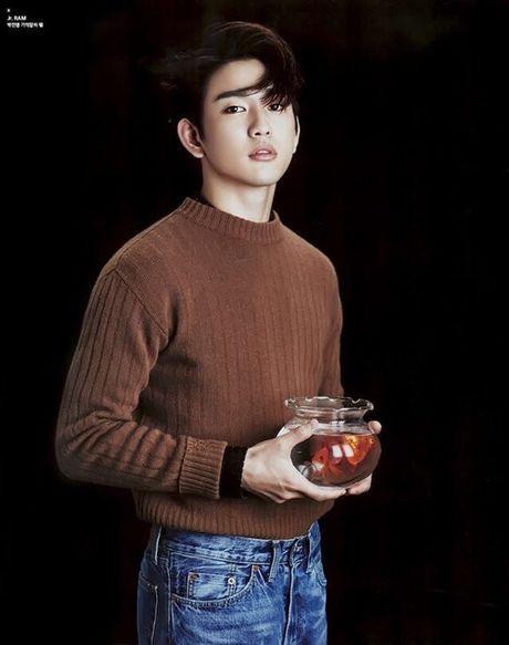 'Me' Lee Min Ho hoi ngo 'con trai' sau 3 nam - Anh 4