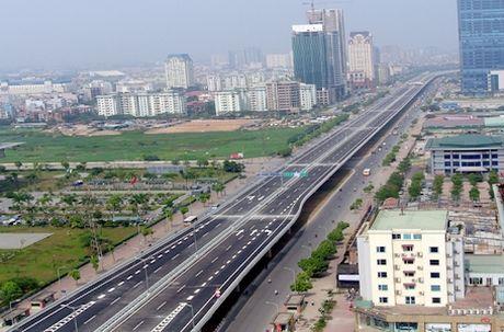 Gan 4.800 ty xay duong bo tren cao tu cau Vinh Tuy den Nga Tu So - Anh 1