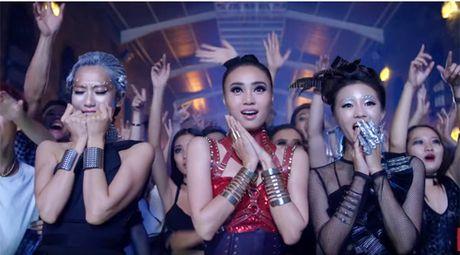 """""""Ke huy diet"""" Isaac 'hop hon' Ninh Duong Lan Ngoc - Anh 2"""