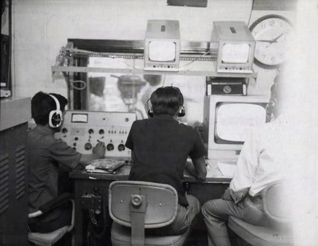 Anh doc ben trong dai truyen hinh Sai Gon truoc 1975 - Anh 10