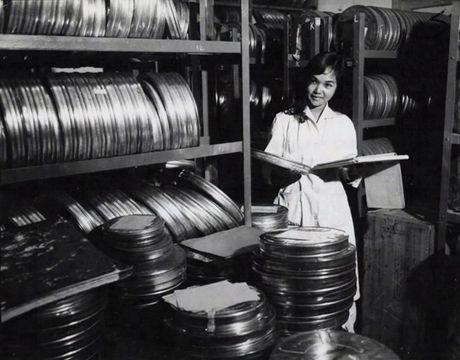 Anh doc ben trong dai truyen hinh Sai Gon truoc 1975 - Anh 12