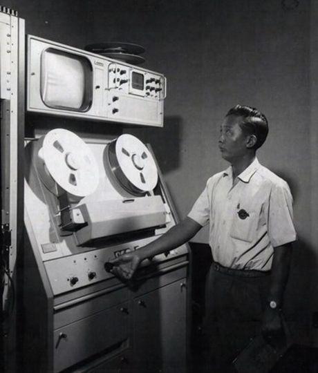 Anh doc ben trong dai truyen hinh Sai Gon truoc 1975 - Anh 6