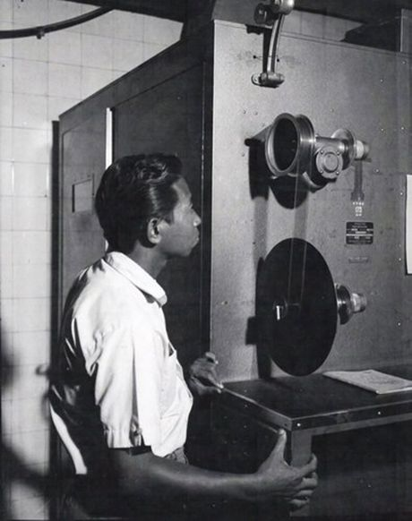 Anh doc ben trong dai truyen hinh Sai Gon truoc 1975 - Anh 8