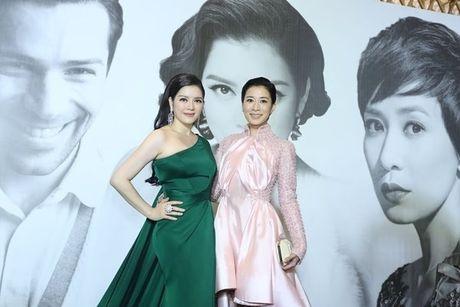 Ly Nha Ky xin chu ky Xa Thi Man cho fan Viet - Anh 4