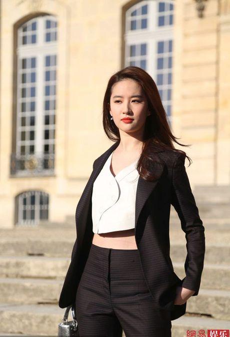 Nhung guong mat nu 'chuan khong can chinh' cho 'SCI Me An Tap' phien ban ngon tinh - Anh 3