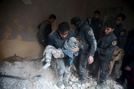 Leo thang Syria: EU khong co buoc lui viec trung phat Nga - Anh 1