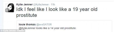 Bi vi nhu gai mai dam 14 tuoi, Kylie Jenner tra loi: 'Toi giong gai mai dam 19 tuoi hon' - Anh 2