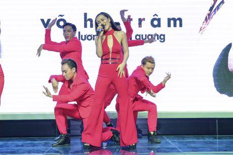 Hoa Minzy den chuc mung Vo Ha Tram ra mat MV moi - Anh 9
