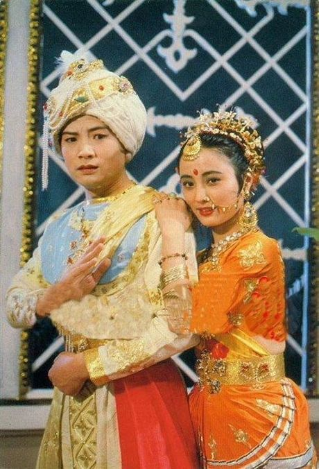 Yeu tinh dep nhat 'Tay du ky' xuong sac, lan dan o tuoi 53 - Anh 5