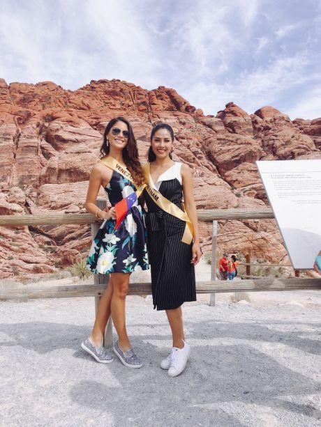 Nguyen Thi Loan noi bat ben 80 thi sinh Miss Grand International - Anh 11