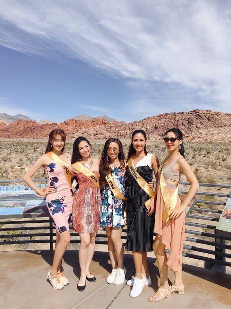 Nguyen Thi Loan noi bat ben 80 thi sinh Miss Grand International - Anh 12