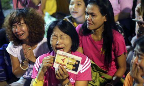 Nguoi dan Thai Lan thuong tiec Nha vua Bhumibol - Anh 7
