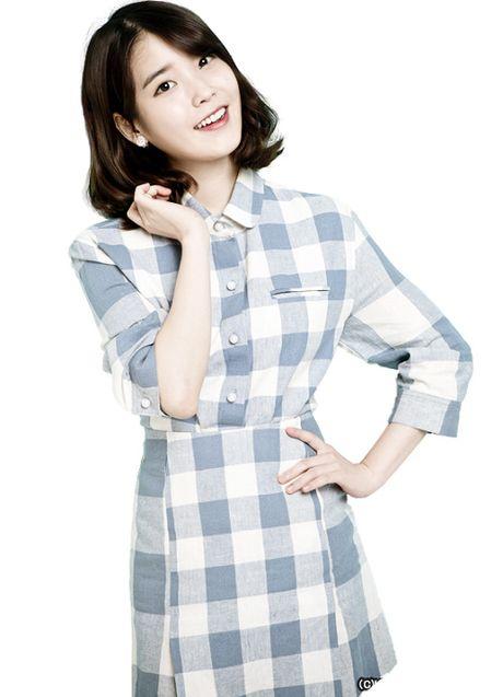 My nu 'xuyen khong' kheo chon vay ao hop long fan - Anh 2