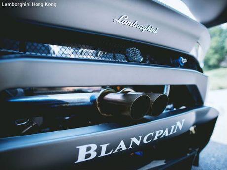 Ngan ngo voi sieu bo Lamborghini Huracan LP 620-2 ST - Anh 10