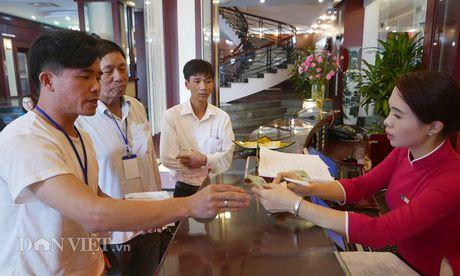 Doan nong dan xuat sac 2016 da toi Ha Noi, tay bat mat mung - Anh 4