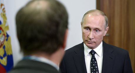 Cuu trum tinh bao Anh: Phuong Tay da nhuong Putin thang o Syria - Anh 1