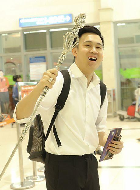To mo voi cay gay 'kim cuong' cua Dam Vinh Hung - Anh 3