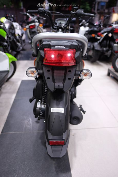 Chi tiet Honda Zoomer-X 2017 gia 65 trieu dong tai Ha Noi - Anh 17