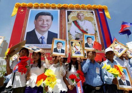 Chu tich Trung Quoc Tap Can Binh tham Campuchia - Anh 2