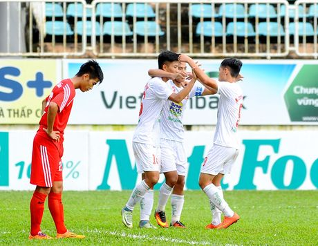 Giai U.21 Bao Thanh Nien 2016: HAGL tang cuong quan manh cho vong chung ket - Anh 1
