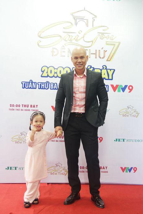 """Con gai Phan Dinh Tung sieu dang yeu trong """"Sai Gon dem thu 7"""" - Anh 8"""
