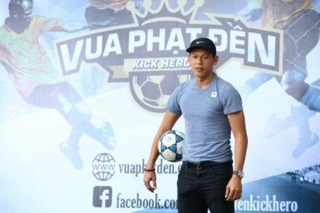 "Tan Truong – ""Thu mon so 1"" Viet Nam bat ngo bat bong tai gameshow the thao Vua Phat Den - Anh 1"