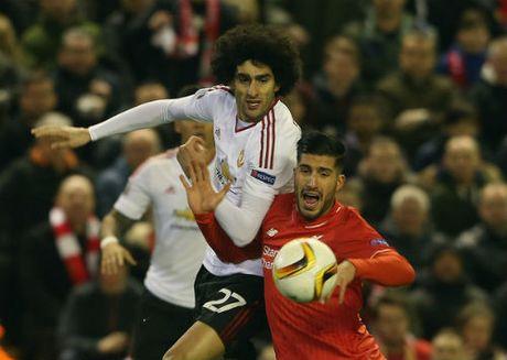 MU dau Liverpool: Mourinho can chat thep cua Fellaini - Anh 2
