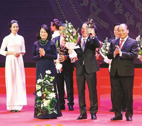 Phong trao khoi nghiep: Doanh nghiep muon duoc ho tro sat suon - Anh 1