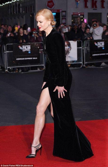 Ngo ngang sac voc tre dep ruc ro cua Nicole Kidman - Anh 4