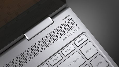 HP bo sung ban xoay lat x360 cho 'sieu mau' Spectre - Anh 3