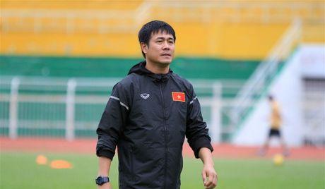HLV Huu Thang: 'Doi tuyen Viet Nam khong uu ai lua cau thu Hoang Anh Gia Lai' - Anh 1